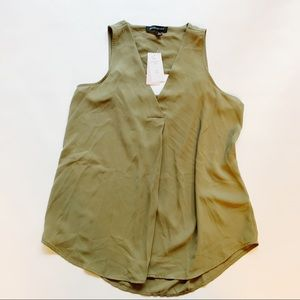 3 FOR $15 BANANA REPUBLIC NWT Olive Open Back SP